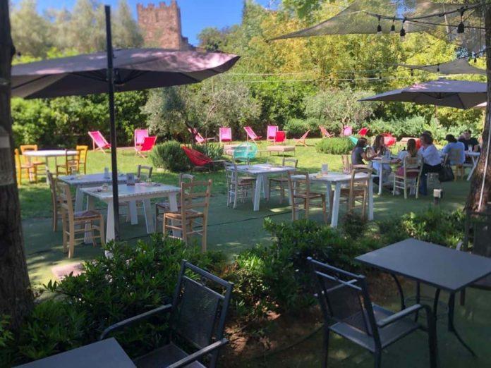 la Beppa fioraia ristorante Firenze con giardino coronavirus