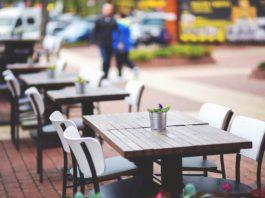 Tavolini suolo pubblico Firenze gratis