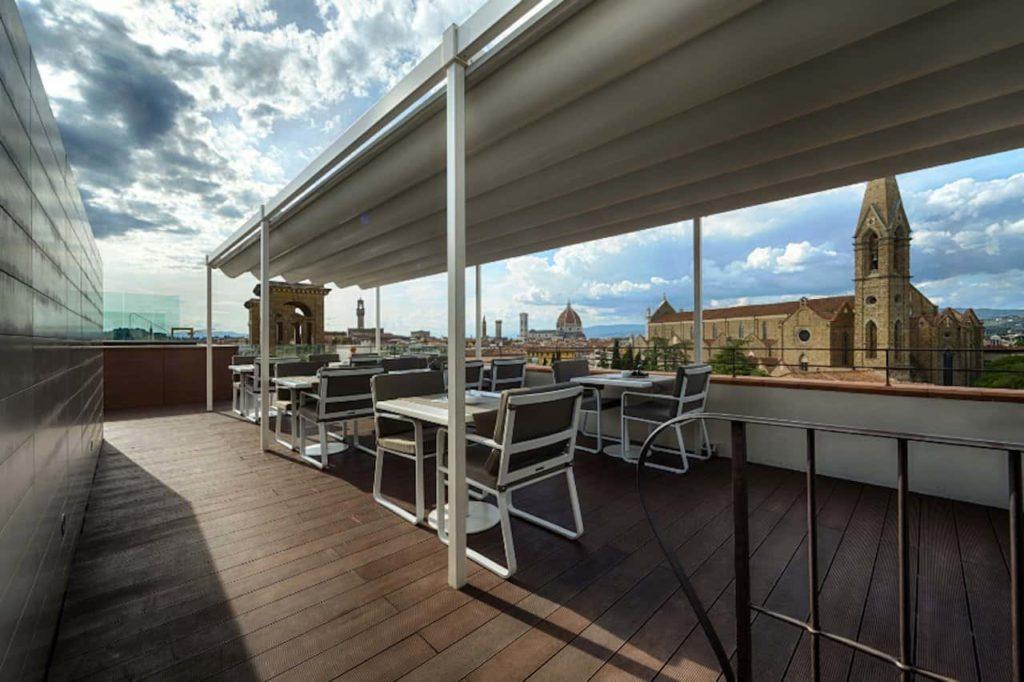Aperitivo terrazza Hotel Plaza Lucchesi Firenze