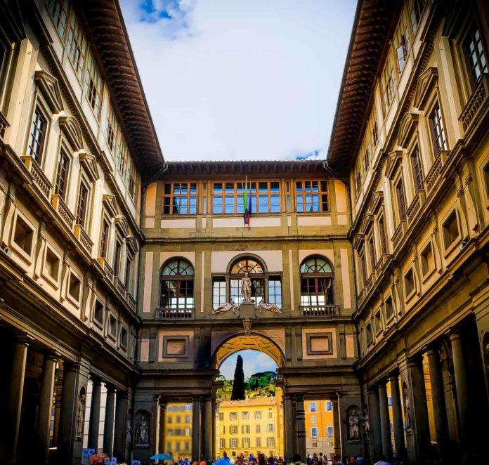 Galleria uffizi Firenze riapertura orari