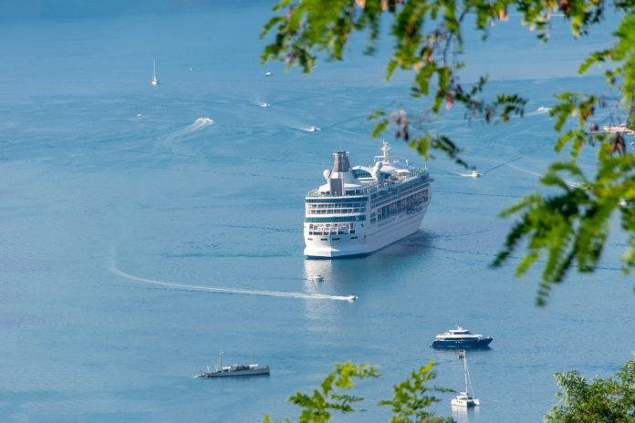 traghetti vacanze estate regole anti covid