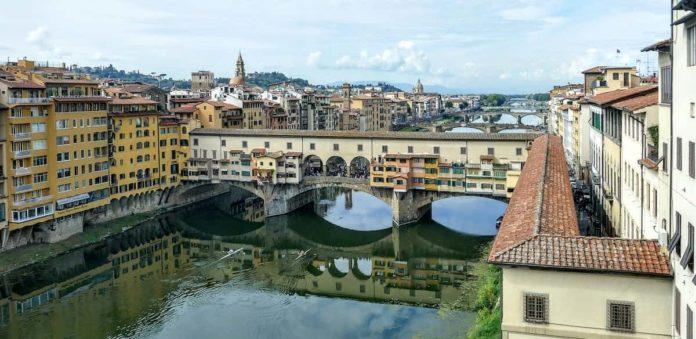 Corridoio Vasariano Firenze apertura visite pubblico 2020 2022 biglietti