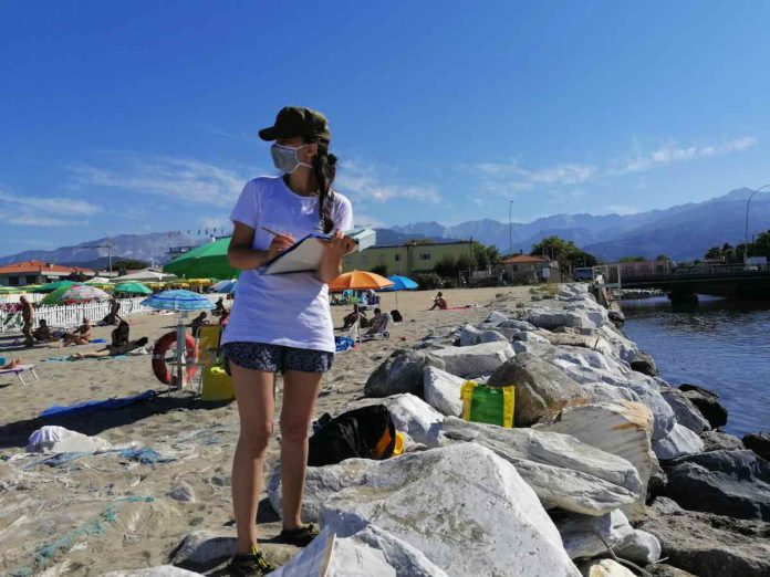 Toscana, il mare più inquinato del 2020 secondo Goletta Verde