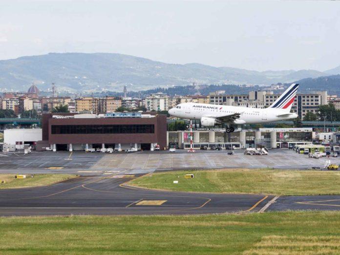 Toscana, registrazione e test in aeroporto per chi arriva da paesi extra Schengen
