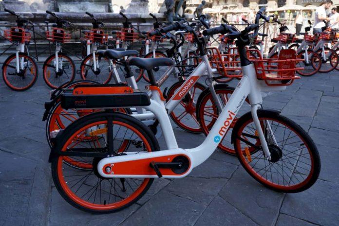 Mobike elettrica Firenze pedalata assistita costi app parcheggio