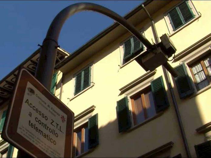 Ztl Firenze apertura orari parcheggio centro sconto