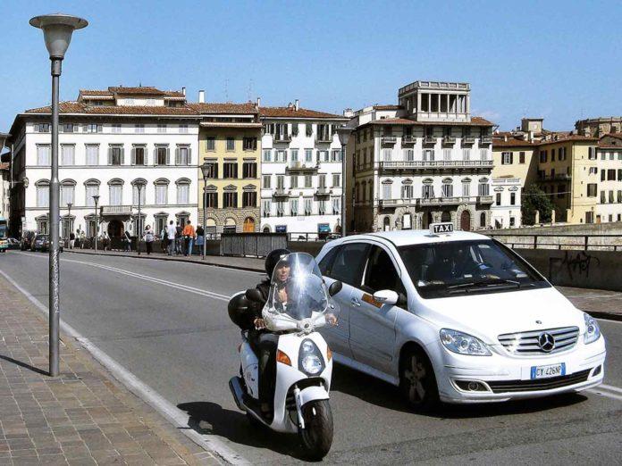 Assicurazione auto Firenze, quali sono i requisiti che incidono sul premio finale?