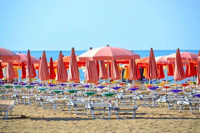 Spiagge libere in Toscana: maglia nera per Forte dei Marmi