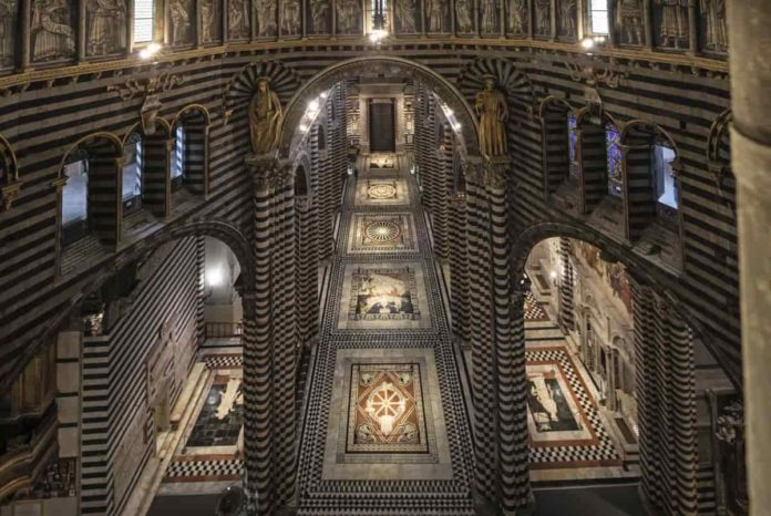 Duomo Siena scopertura pavimento apertura 2021 visita orari prenotazioni
