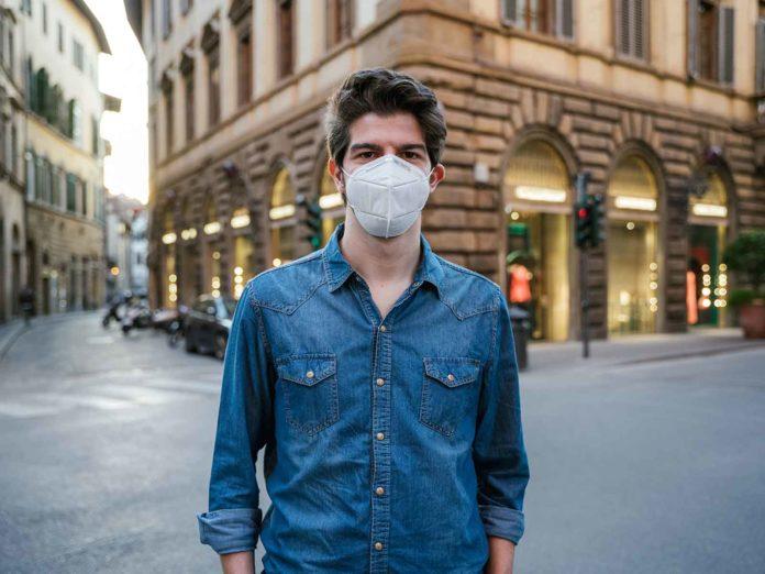 obbligo mascherina Toscana Covid quando obbligatoria aperto luoghi chiusi