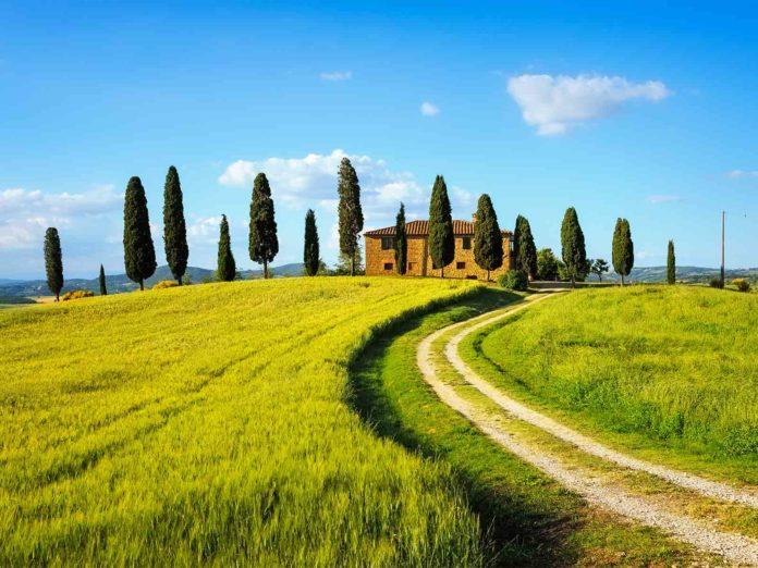 Seconde case in Toscana, ordinanza di Giani: quando si può andare