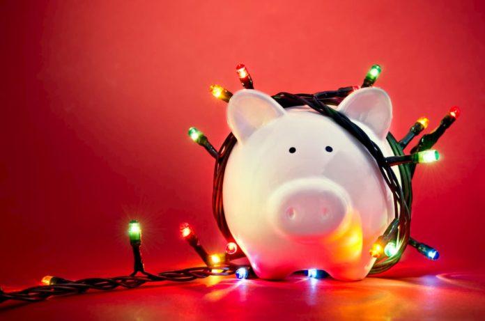 bonus natalizio 2020 Inps domanda a chi spetta bufala
