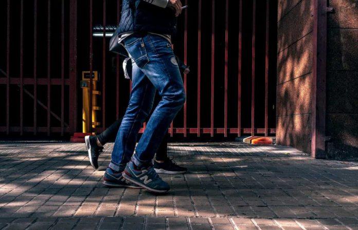 passeggiata zona rossa attività motoria si può fare camminata distanza abitazione