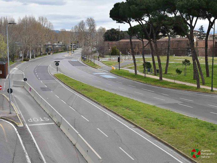 Lockdown di Natale, tutta l'Italia in zona rossa: l'ipotesi anti Covid