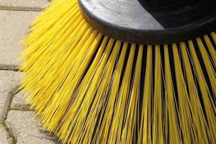 pulizia firenze sospesa fino a quando obbligo rimozione auto lavaggio febbraio marzo aprile 2020