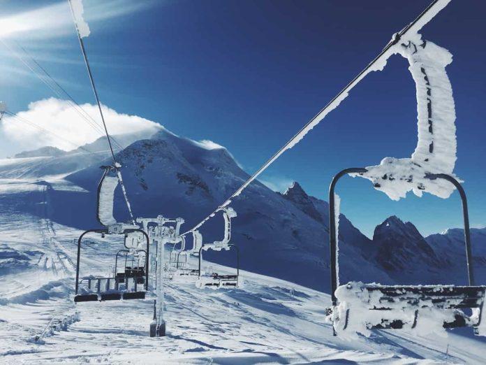 si può andare sciare covid zona gialla