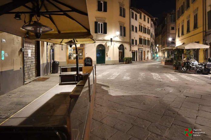 Ztl notturna estiva Firenze 2021 sospesa orari