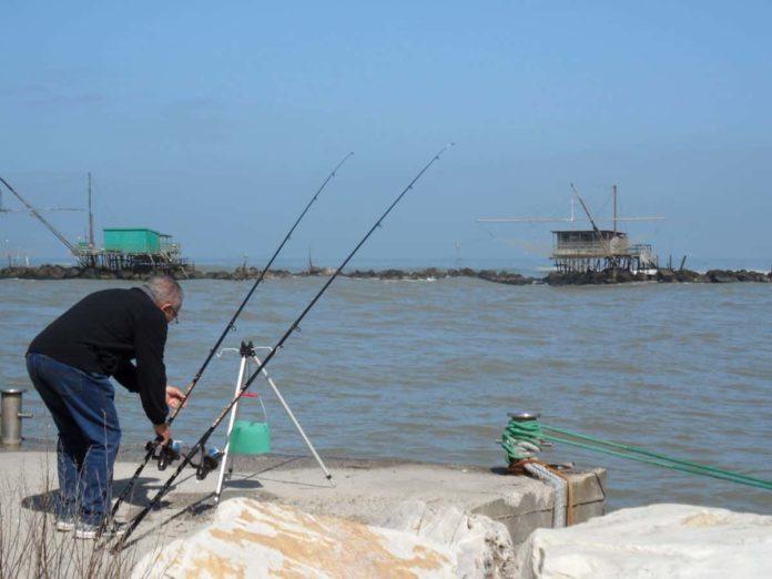 zona arancione toscana pesca si può pescare fuori comune rossa sportiva dilettantistica