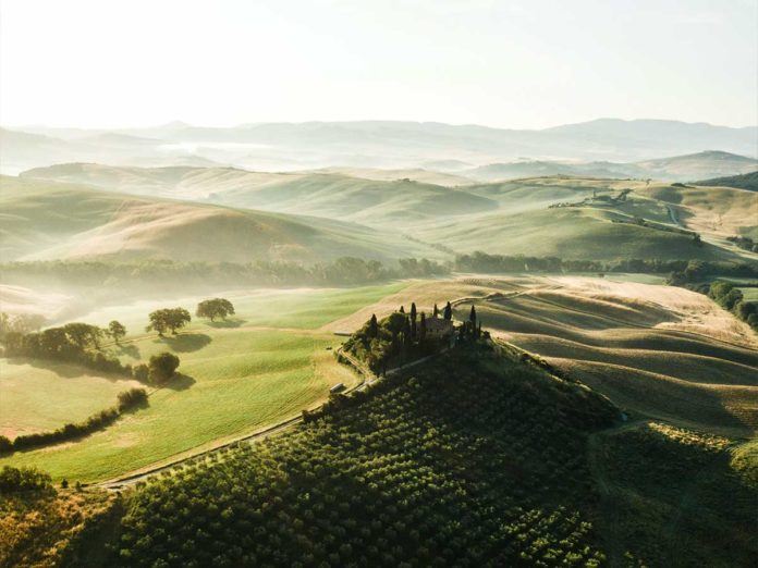 Covid Toscana, secondo Giani possibili aperture il 25 aprile