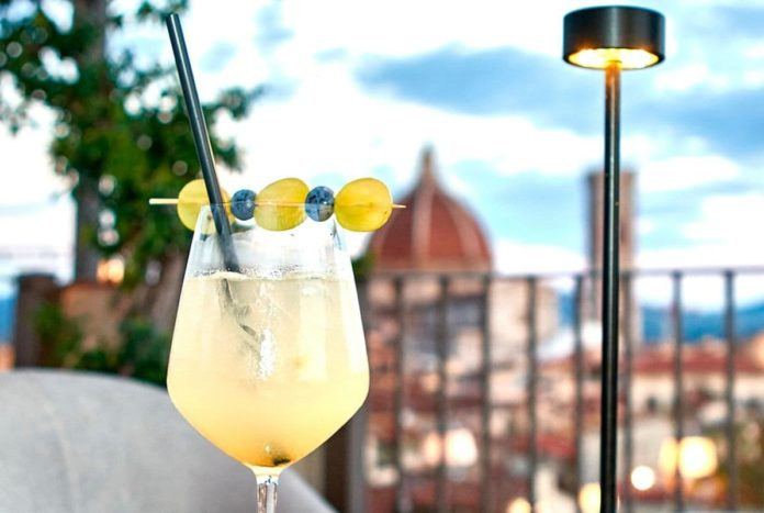 aperitivo Firenze aperto covid 2021 dove fare rooftop bar