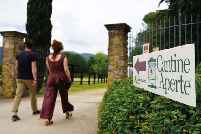 Cantine aperte 2021 Toscana eventi tour Firenze Siena Montalcino programma giugno