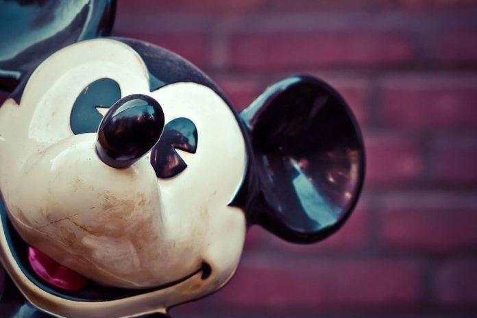 Disney store firenze chiude chiusura