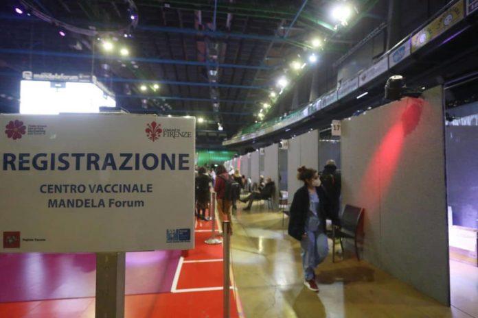 Open day vaccini AstraZeneca Firenze Usl Toscana Centro dove quando orari chi può vaccinarsi