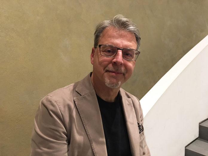 mille millepiedi in fila Paolo Zampini