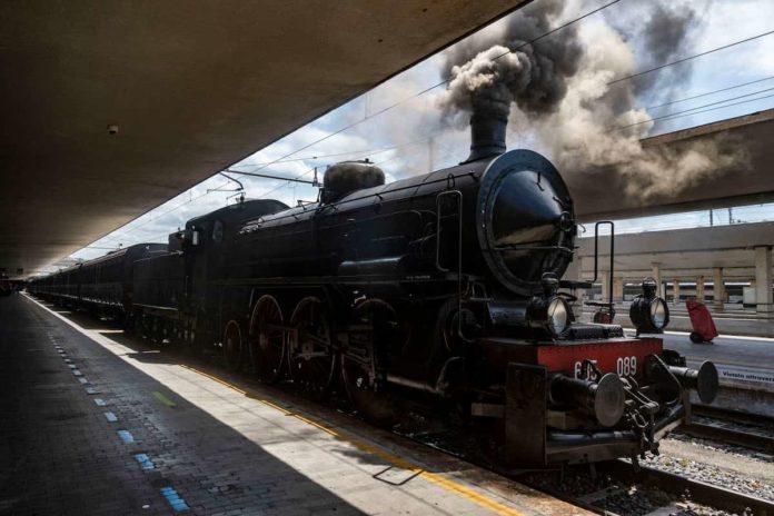 Treno a vapore storico Dante 2021 Firenze Ravenna Dante