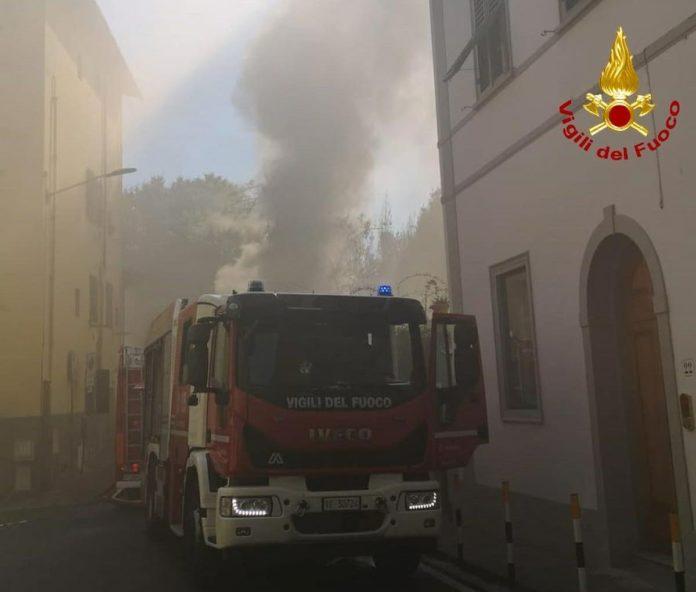 Incendio Firenze Beppa Fioraia Oltrarno