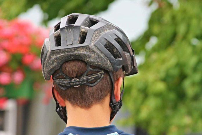 casco monopattino firenze obbligo da quando bonus caschi come funziona