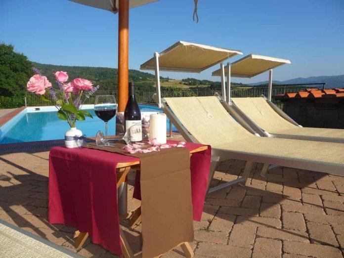 piscina ingresso giornaliero vicino firenze agriturismo hotel Chianti Mugello Carmignano Montespertoli