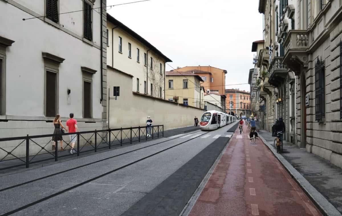 tramvia via Cavour centro storico Firenze