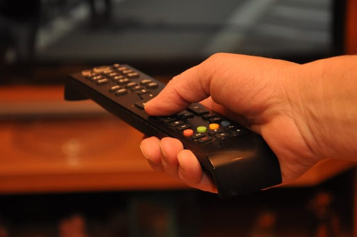 bonus tv 2021 senza isee 100 euro modulo pdf word autocertificazione televisione