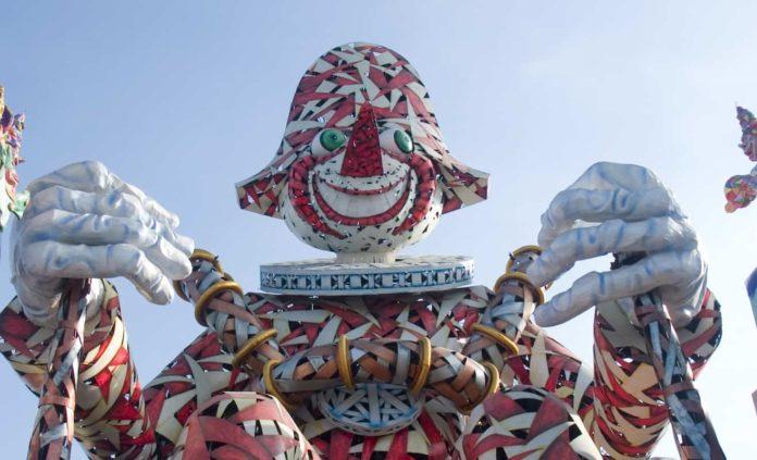 Carnevale Viareggio 2021 date orari biglietti corso percorso green pass diretta tv