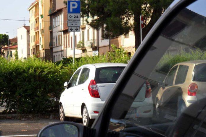 parcheggio gratis firenze strisce blu proroga 2022 bollino residenti