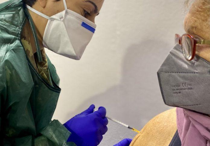 Terza dose toscana vaccino quando a chi fragili immunodepressi